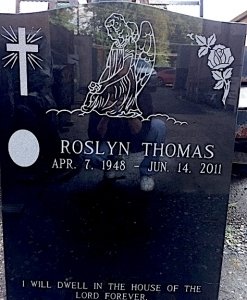 THOMAS,ROSLYN PHOTO
